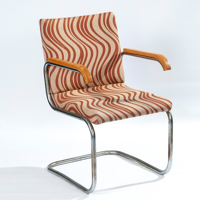 Functionalist chair