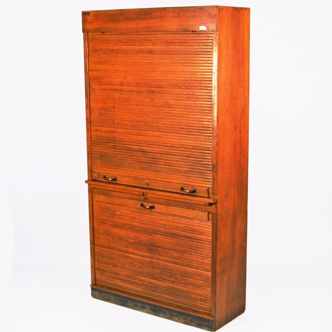 Cabinet with roller door - Jirásko
