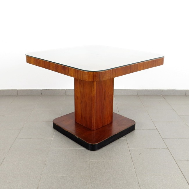 Coffee table - Thonet
